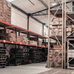 FHU-center-VS-Warehouse-blogs