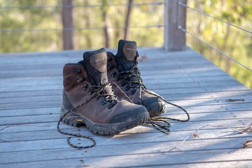 choosing work boots